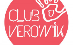 logo club Véro'n'ik